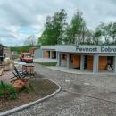 Pevnost Dobrošov jsme jeli jenom okouknout, věděli jsme, že bude zavřeno. Od naší poslední návštěvy před bunkrem vyrostl nový objekt.