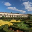 Hned po přivítání se jsme se vrhli na první bod programu, a tím byla Květná zahrada v Kroměříži