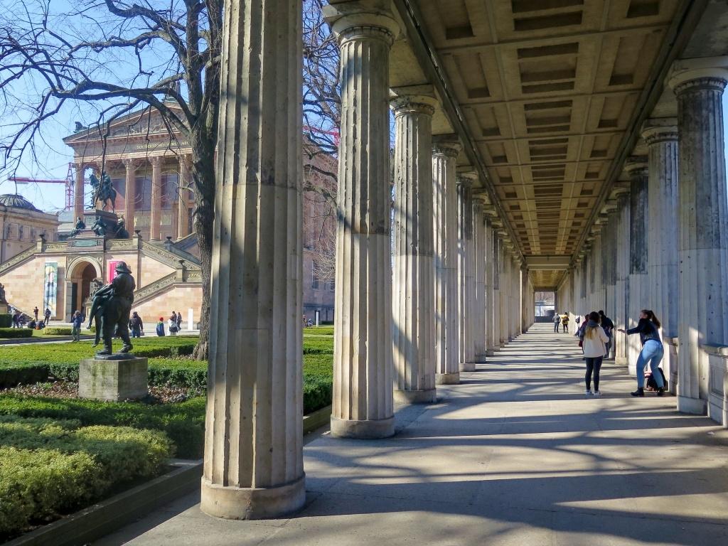Kolonáda u Staré národní galerie