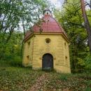 Lesní kaple Narození sv. Jana Křtitele cestou na Plešivec (na jiný, než jsme byli předevčírem)