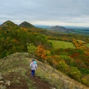 Cesta zpět a opět ty kopce: Srdov, Oblík a Raná