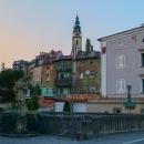 Je to velice zajímavé historické město, se značně ošuntělými zákoutími.