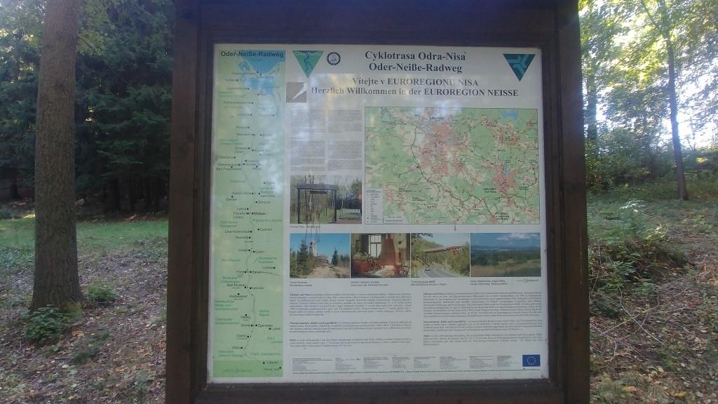 Jo, to byly časy, kdy jsme tu stáli, a celá cyklostezka Odra-Nisa byla před námi...