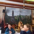 Oběd na Turnovské chatě - vevnitř velice zajímavá