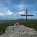 Holubník je nádherně vyhlídkový vrchol - vidíme nejvyšší horu Smrk