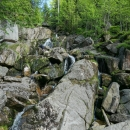 Potok tvoří vodopády, tento je největší, také se nazývá Vodopád Velký Štolpich
