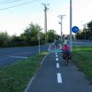 Cyklostezka vedla i za město ... ten průzkum cyklostezek východní Evropy nevypadal zatím vůbec špatně :-)