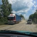Rychlostní silnice  E-50 Lvov - Ternopil - Vinnycja je proměnlivé kvality. Občas se dá jet i 90-100, občas jedeme třicítkou.