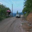 Za Khulem opravdu asfalt skončil.