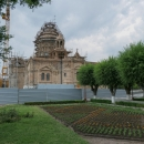 Ečmiadzinská katedrála pod lešením