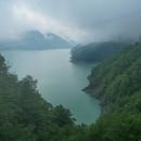 Přehrada na řece Inguri - počasí se zkazilo