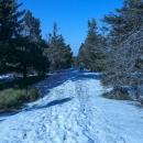 Zbývají 2 km k chatě - a opět po sněhu.