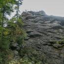 Na jeho vrcholku byla vybudována vyhlídka chráněná zábradlím.