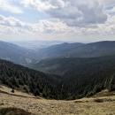Pohled do údolí Moravy (pod námi v zimě lavinový svah)