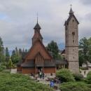 Kostelík Wang byl do Polska převezen v 19. století z Norka. Dnes je z něj lákadlo na turisty.