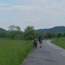 Putování po červené podél Krounky zahajujeme pochodem po silnici