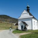 Kaple Panny Marie Bolestné v Kunčicích, pohoda podél říčky Krupé končí