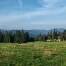 Poláci umí stavět chaty na kouzelných místech s horskou atmosférou. Pohraniční Kysucké Beskydy.
