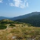 Ta velká Babí hora byla doslova na dosah ruky. Stačilo klesnout pár desítek metrů do mělkého sedla...