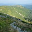 Krásná trasa. Už jsme skoro nahoře - už vidíme Malou Babí horu...