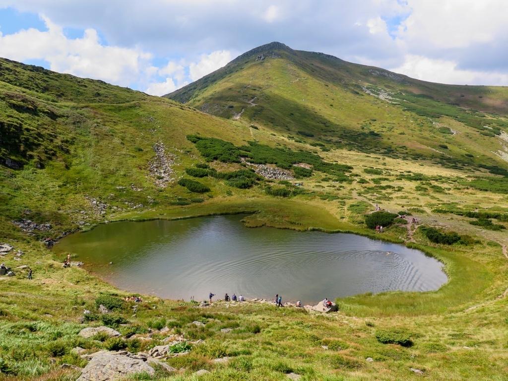 Jezero Nesamovyte