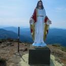 A Kristus samotný, krásná socha, že? Beton kolem byl ještě čerstvý. Kdo ví, jak vypadá dneska.