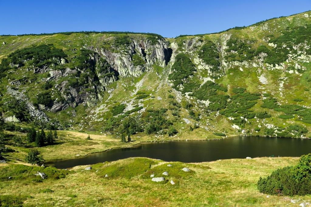 Malý Stav, horské pleso v cca 1200 metrech