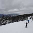 Krásný zimní den, sněhu je dost, leč až tak od 900 m n. m. Je ale krásný, bílý, čerstvý...