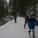 Ani letos nenapadlo koncem prosince mnoho sněhu a to málo, co napadlo, brzy roztálo. Na běžkách se dalo jen ve vyšších polohách. Jára s Janou tomu nevěřili a na Silvestra si lyže s sebou vůbec nevzali.