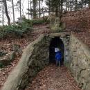 Jeskyně v zámeckém parku