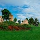 Za první sochou, resp. sousoším, jsme daleko nemuseli :-) Asi 300 m od parkoviště stojí Hraniční kámen. Jde pouze o symbol, hranice vede o kus jinde.