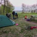 Chvíli jsme počkali, jak na nás místo bude působit a působilo na nás dobře, takže jsme postavili stany, uvařili večeři...