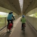 Najíždíme na A1 podél Berounky, ale hned je tam objíždka, takže musíme přes další most, tentokrát Radotínský...