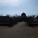 U zámku ve Veltrusích