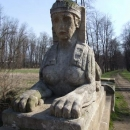 Sfinze ve Veltrusích tváří v tvář