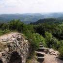 Zubštejn je prý nejvyšším hradem na Moravě - vidět je skutečně daleko