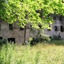K hradu v Podhradí (Neuberg) byl dvakrát přistaven zámek, všechno skončilo v troskách