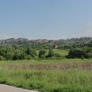Kdybychom přijeli od jihu, naskytl by se nám na Bělogradčické skály tento pohled.