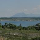 Hory před námi tvoří krasový přírodní park nazvaný Vračanski Balkan.