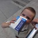 Slovinsko - dáváme si poslední tekutý jogurt, dál už nejsou :-(