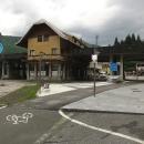 Cyklostezka vede přes bývalou Rakousko-Italskou celnici.