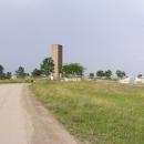 Přijíždíme k táboru slovenských KFOR u památníku bitvy na Kosovském poli