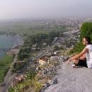Svačinka a rozjímání na Rozafě s výhledem na Skadar a jezero