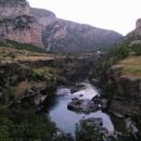 Vjíždíme do kaňonu řeky Morača