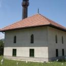 Mešita s dřevěným minaretem