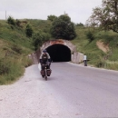 Tunel místo průsmyku