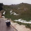 Na průsmyku 1.487 metrů jsou zbytky čerstvého sněhu