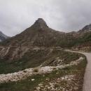 Prvních pět kilometrů je ještě asfalt