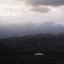 Bosenské pohoří Bioč a Maglič v zapadajícím slunci