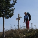Křížky na polích tu jsou vyzdobeny